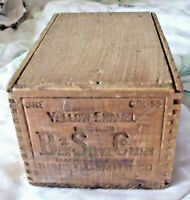 VINTAGE BSC BEST SCHOOL YELLOW ENAMEL DOVETAIL CRAYON BOX BINNEY & SMITH 1 GROSS