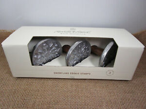 SNOWFLAKE COOKIE STAMPS 3 piece Hearth & Hand with Magnolia Wooden Handles NEW!