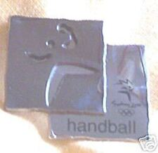 2000 OLYMPIC SPORTS METAL BADGE - HANDBALL