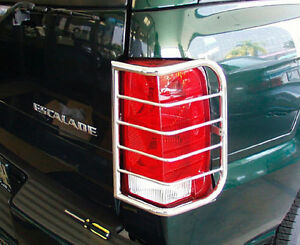 CADILLAC ESCALADE EXT. & AVALANCHE STAINLESS TAIL LIGHT GUARD 2002-2006