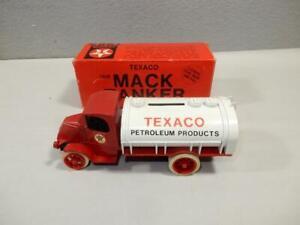 1985 Vintage ERTL Texaco 1926 Mack Tanker Truck Still Bank-7 in. #9238U0-NIB