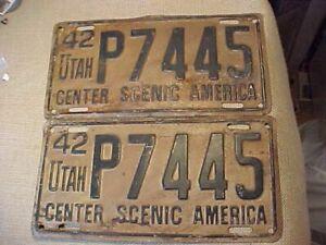 ORIGINAL WWII PAIR OF UTAH LICENSE PLATE - 1942