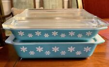 Pair of Vintage Turquoise Snowflake Pyrex Casserole with multiple Lids