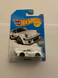 Hot Wheels Porsche 934.5 #153/365 NIP