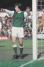 Football Photo>ERICH SCHAEDLER Hibernian 1973-74