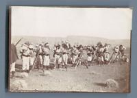 Algérie, Tirailleurs mettant leur sac à dos  Vintage silver print.  Tirage arg