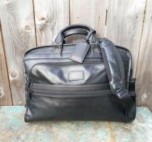 TumI Alpha 2 Black Nappa Leather Slim Deluxe Portfolio Briefcase 96110D2