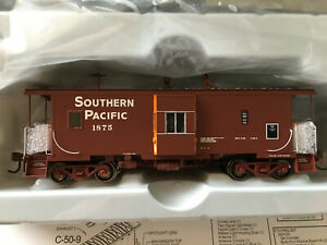 Athearn Genesis G63044 Southern Pacific C-50-4 Bay Window Caboose *NEW* Lighted