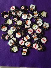 Brand New Selection Of 10 2-Hole Cheeky Christmas Penguin Wooden Buttons 2.5cm