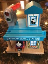 Thomas & Friends Ulfstead Signal Station Wooden Lights & sounds Charlie Train