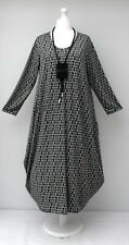 "STUNNING BALLOON QUIRKY PATTERN JERSEY MAXI DRESS*BLACK/WHITE*BUST UP TO 50"" XL"