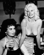 SOPHIA LOREN & JAYNE MANSFIELD 1957 PARTY - 8X10 PUBLICITY PHOTO (CC872)