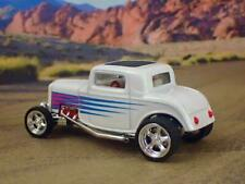 1932 32 Ford Deuce Hot Rod Coupe 1/64 Scale Limited Edition H