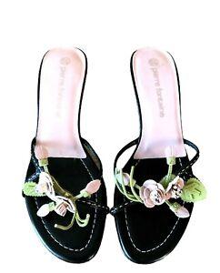 PierreFontaine Footwear Ladies Sandals Tahlia Size 5 1/2 Flower Sandals