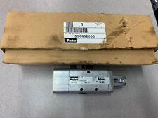 NEW IN BOX PARKER VALVE 530832000