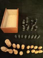 Ancien Jeu d'échecs Régence bois - dimension roi 7 cm - défauts - Chess