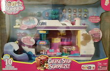 TOYS R US SQUINKIES CRUISE SHIP SURPRIZE! PLAYSET *NEW* 10 EXCLUSIVE SQUINKIES
