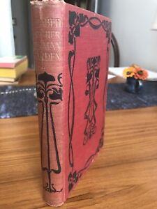 Elizabeth and Her German Garden — Elizabeth von Arnim  (hardcover)