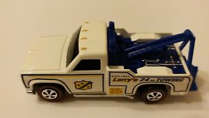 HOT WHEELS 1:64 LARRY'S TOW TRUCK REDLINE PRE-PRODUCTION