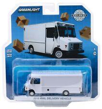 1:64 Greenlight *PLAIN WHITE* 2019 Mail Delivery Box Truck NIP!
