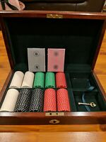 St Louis Bally's 250 piece Poker Chip Set And Wooden Box