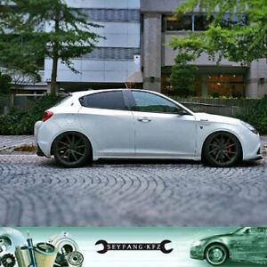 Seitenschweller aus Carbon für Alfa Romeo Giulietta