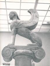 DELPHES c. 1960 - Statue Le Sphinx de Naxos Grèce - NV 1947