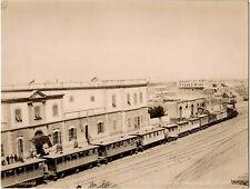 Egypte.Suez.Station Chemin de Fer.Gare.Animée.Photo Albuminée 21x27,7cm.Zangaki.