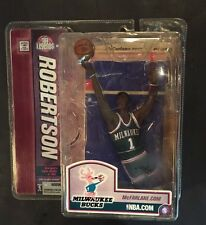 OSCAR ROBERTSON Mcfarlane BASKETBALL FIGURE MILWAUKEE BUCKS Hof