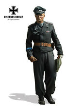 Andrea Eisernes Kreuz German HG Panzer Officer 1943 WW2 1/48th Unpainted kit