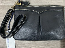 *NWT* Vintage Leather Dooney and Bourke Small Wristlet Black (11)