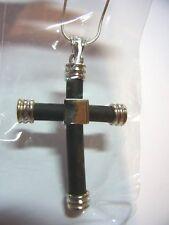 Kreuz aus schwarzen Kautchuk mit Sterlingsilber 925 Schlangenkette mit Anhänger
