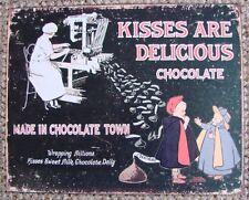 """Una riproduzione di un antico metallo segno """"KISSES sono delizioso colore cioccolata"""""""