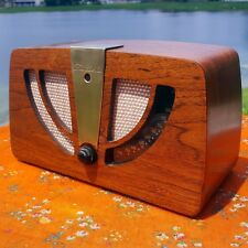 A Restored 1946 Zenith Model 6D030 Radio - See The Video!