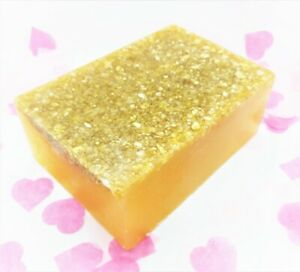 RLJ Gift Boxes - Honey and Oatmeal Handmade soap- 55g