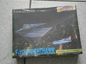 MAQUETTE AVION FURTIF F-117A NIGHTHAWK DRAGON 4550 (1994) 1/144 - 1.144eme