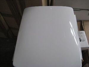 Kohler- WC Sitz mit soft close   Artikelnr; E70004-00  Serie;  Escale  NEU