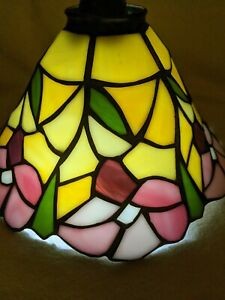 """Vtg Stained Glass Bell Lamp Shade Pink Yellow Green Floral Tulip Daffodil 9"""""""