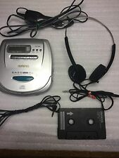 Vintage Sony MDR 010 Earphones With Aiwa Xp-V70 And Accessories-Tested. Works
