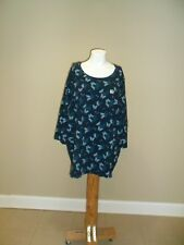 Catherines Women's plus Round neck 3/4 sleeves Navy Butterfly Top 3X(26w-28w)NEW