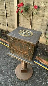Beautiful Vintage Wood, Brass And Copper Hammered Coal Box (C1)