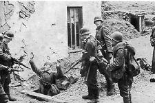 WW2 - Photo - Les Allemands capturent des soldats soviétiques