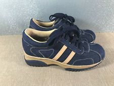 BNWOT Ladies Sz 6 Carrini Brand Blue Denim Tan Lace Up Casual or Work Shoes