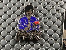 pins pin BADGE MUSIQUE PURPLE RAIN PRINCE SIGNE CORNER