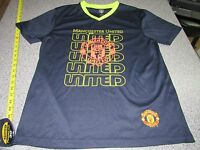 MENS MANCHESTER UNITED SOCCER JERSEY SIZE LARGE