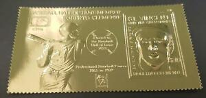 St. Vincent 1997 - Roberto Clemente, Baseball Hall of Fame - Gold Stamp - MNH