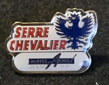 SERRE CHEVALIER Skiing Ski Pin Badge Hautes-Alpes FRANCE Souvenir Travel Lapel