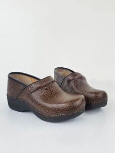 Dansko Professional XP 2.0 Floral Tooled Leather Clogs 39 Brown Leather Womens S