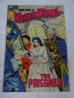 wONDER wOMAN  #194 vtg  comic DC comics Comic book