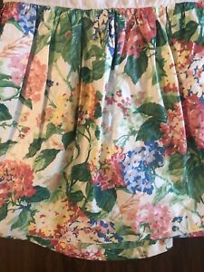 """Gorgeous Vintage Chintz Hydrangea Floral Twin Bedskirt French Country 19"""" Drop"""